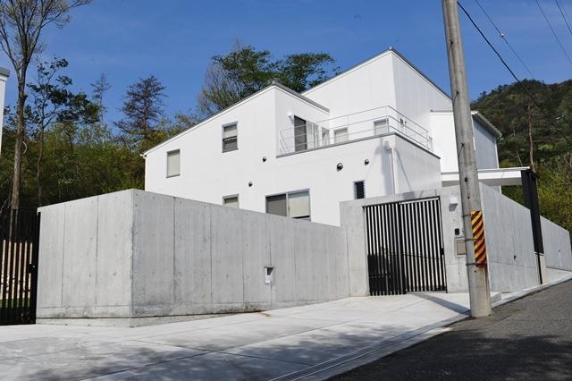 注文住宅 滋賀 ガレージハウス1.JPG