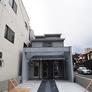 京都西陣の中心部、智恵光院通りに面した敷地に和風モダン注文住宅